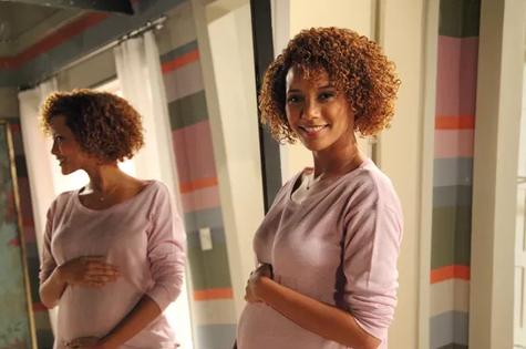 Taís Araújo está grávida de seis meses (Foto: TV Globo)