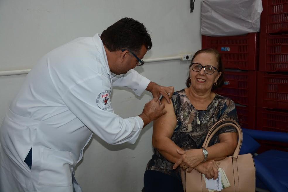 Ministério da Saúde orientou a liberar vacinação contra a gripe para toda a população (Foto: Marcos Sanches/Arquivo/Secom)