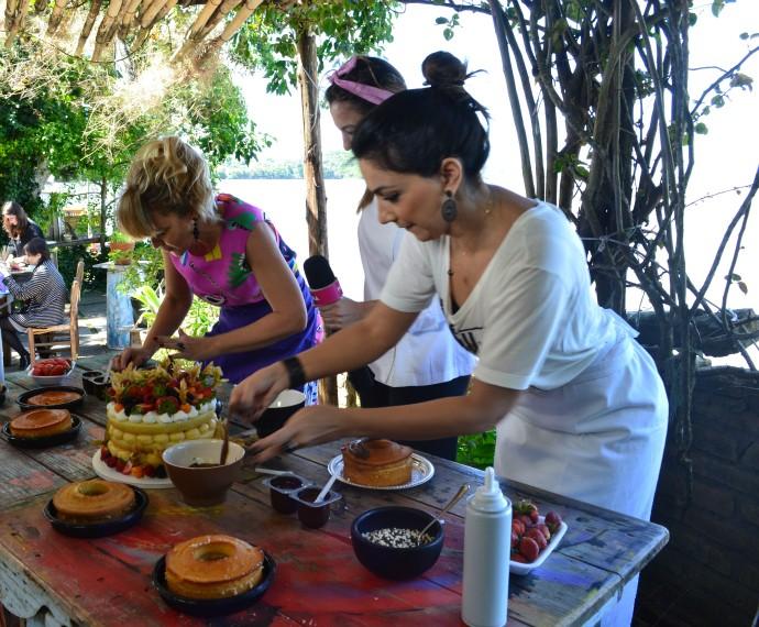 Naked Cake Mistura com Rodaika Cris Silva Misses Cake desafio  (Foto: Otávio Daros/RBS TV)