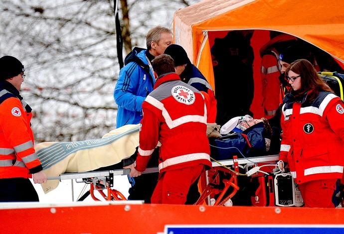 Thomas Morgenstern sofre queda no esqui na Alemanha (Foto: AFP)