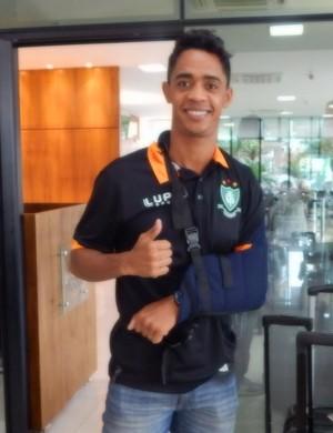 Felipe Amorim vai parar por dois meses para se recuperar de lesão no ombro esquerdo (Foto: Divulgação/AFC)