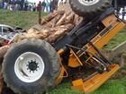 Duas pessoas ficam feridas em acidente com 4 veículos na BR-116