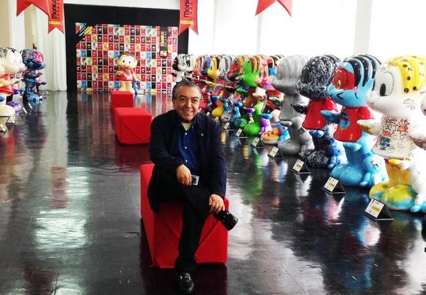 """Criador e criaturas: Maurício de Sousa ao lado das esculturas que formam a """"Mônica Parade"""" (Foto: Divulgação)"""