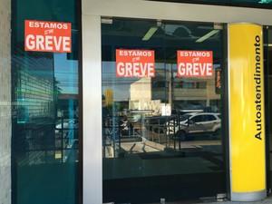 Bancos entram em greve em Campo Grande (Foto: Gabriela Pavão/ G1 MS)
