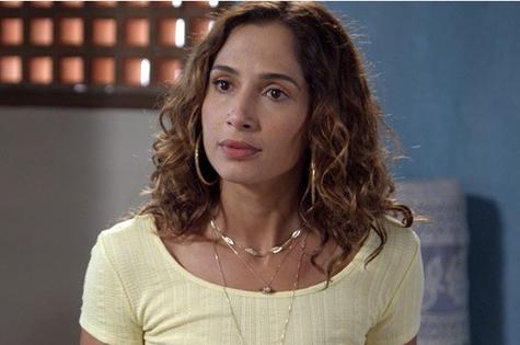 Camila Pitanga é Regina em 'Babilônia' (Foto: Reprodução)