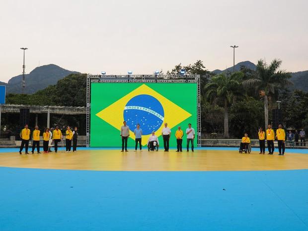 Atletas brasileiros medalhistas nos Jogos Parapan-Americanos de Toronto também participaram da cerimônia no Parque dos Patins, na Lagoa (Foto: Alex Ferro/Rio 2016/ Divulgação)