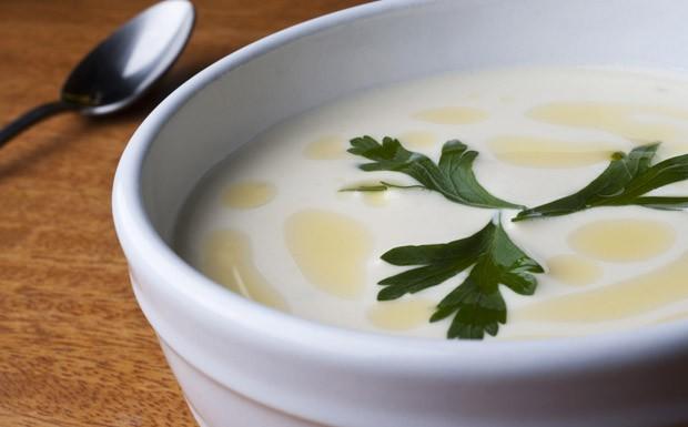 Sopa de aipim do chef Thomas Troisgros (Foto: Adriana Lorete)