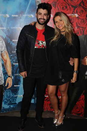 Gusttavo Lima e Andressa Suita em bastidores de show em São Paulo (Foto: Thiago Duran/ Ag. News)