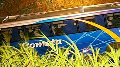 Acidente com ônibus deixa três mortos e 20 feridos em SP