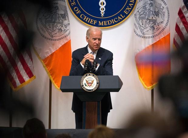 O vice-presidente dos EUA, Joe Biden, critica o republicano Donald Trump durante discurso (Foto: Kevin Hagen/AP)