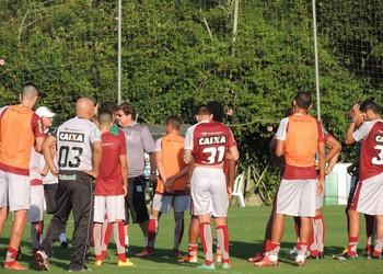 treino figueirense (Foto: Rafael Thomé)