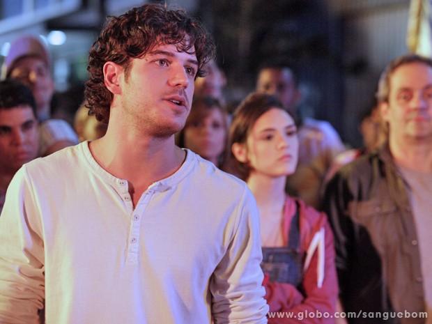 Após o reencontro com Amora, Bento fica chateado com a amiga de infância  (Foto: Sangue Bom/TV Globo)