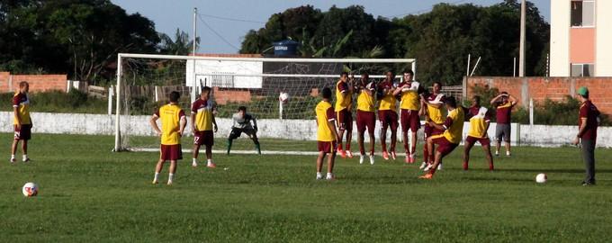 Sampaio treina no CT José Carlos Macieira para jogo contra o Bahia (Foto: De Jesus/ Jornal O Estado)