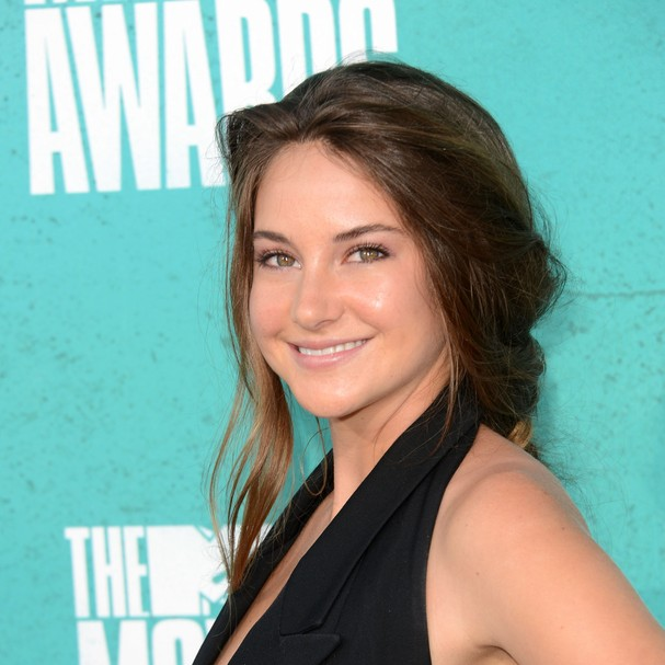 UNIVERSAL CITY, CA - JUNE 03:  Actress Shailene Woodley arrives at the 2012 MTV Movie Awards held at Gibson Amphitheatre on June 3, 2012 in Universal City, California.  (Photo by Jason Merritt/Getty Images) (Foto: Getty Images)