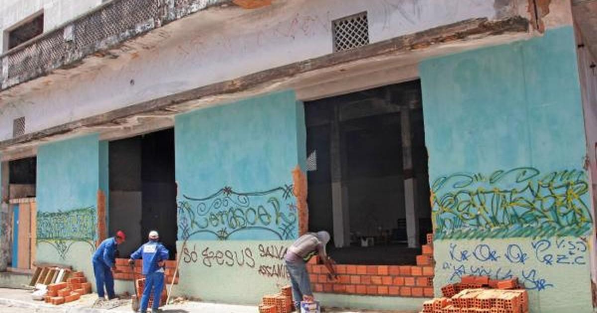 Operação retira 45 moradores de casarão abandonado em São Luís - Globo.com
