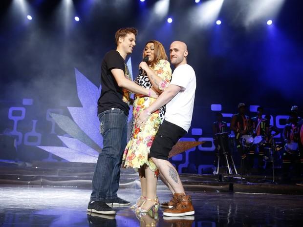 Preta Gil com Fábio Porchat e Paulo Gustavo em gravação de seu DVD no Rio (Foto: Felipe Panfili/ Ag. News)