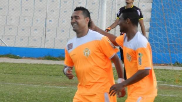Fernando Gaúcho gol Atibaia (Foto: Mário C. Gonçalves/ Divulgação)