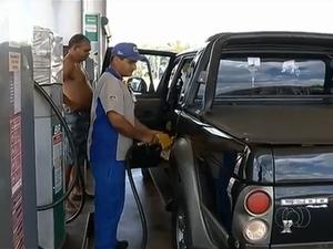 Gasolina subiu nos postos de combustível em Gurupi (Foto: Reprodução/TV Anhanguera)