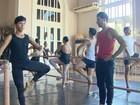 'Tento inspirar crianças', diz bailarino amazonense consagrado em NY