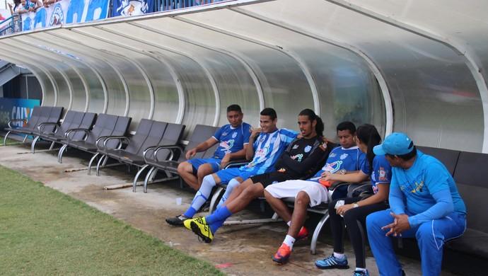 São Raimundo foi para o jogo com apenas dois reservas, entre eles, Joiran (Foto: Marcos Dantas)