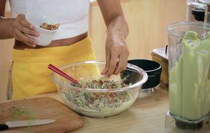 Salada de funcho com maionese de coentro: receita da Bela Gil