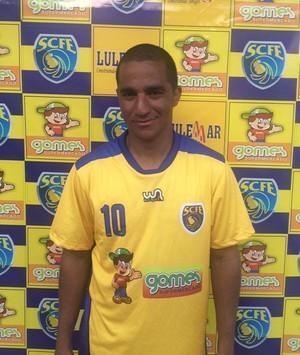Max Pardalzinho se apresenta ao Sampaio Corrêa-RJ (Foto: Rafael Castro/ Sampaio Corrêa)