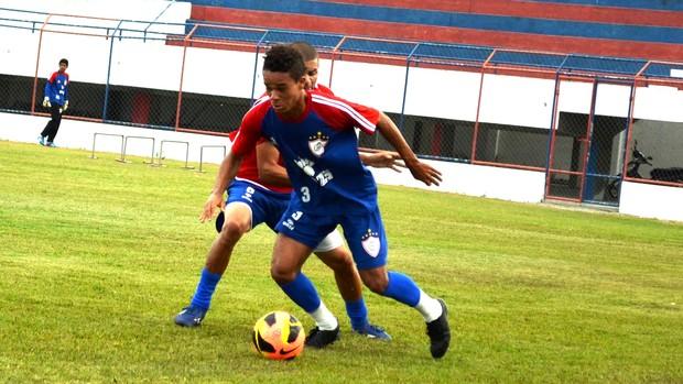 Lateral Júnior  teve um bom desempenho contra o Bahia (Foto: Felipe Martins/GLOBOESPORTE.COM)