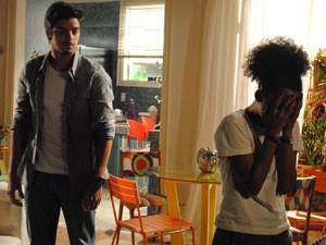 Bruno pede desculpas, mas Rita termina o namoro (Foto: Malhação / Tv Globo)