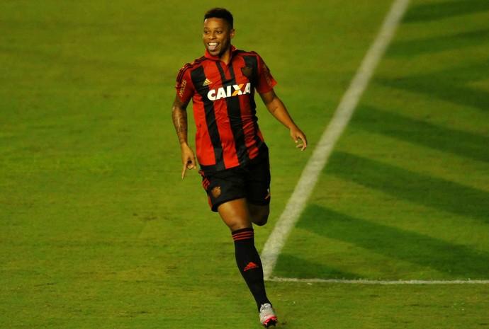 andré sport x inter (Foto: Aldo Carneiro / Pernambuco Press)