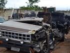 Quatro morrem e 11 ficam feridos em acidente entre van e caminhão na BA