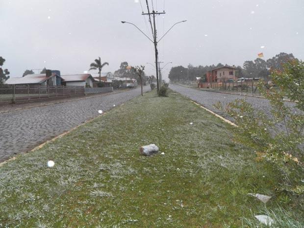 Bom Jesus registrou neve nesta quarta-feira (Foto: Elton Policastro/Prefeitura de Bom Jesus)