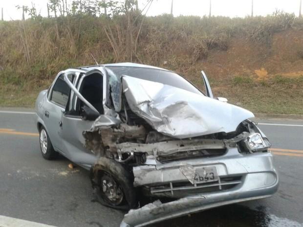 Acidente deixa um morto na Serra, Espírito Santo. (Foto: André Falcão/TV Gazeta)
