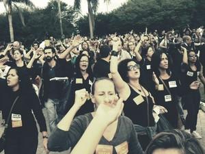 manifestação professores apresentação seleção (Foto: Marcelo Baltar)