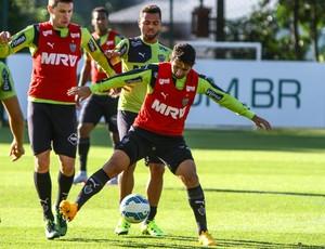 Guilherme treina na Cidade do Galo (Foto: Bruno Cantini / Flickr do Atlético-MG)