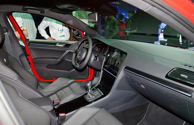 Volkswagen Golf R Touch na CES 2015 (Foto: Newspress)