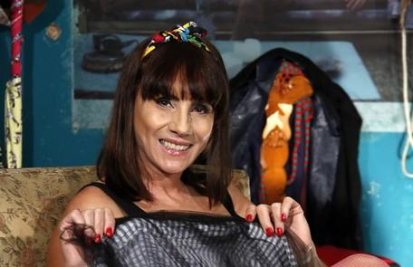 Pronta para apresentar Pornolândia, atração que terá segunda temporada no Canal Brasil a partir do dia 3 Cauê Porto