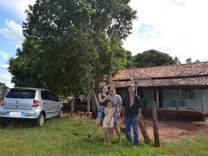 família assentamento Incra Santa Vitória (Foto: Incra/Divulgação)