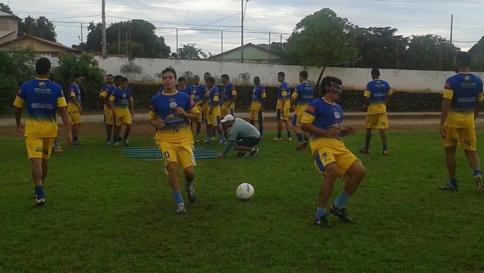 Interporto faz treino físico em preparação para a final do Tocantinense (Foto: Vilma Nascimento/ GloboEsporte.com)