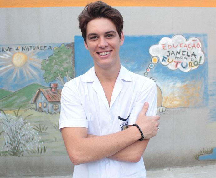 João Vithor Oliveira nos bastidores da série exclusiva Os Desatinados (Foto: Bel Bonotto/Gshow)
