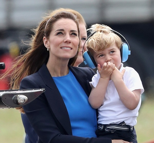 Kate Middleton e o príncipe George (Foto: Getty Images)