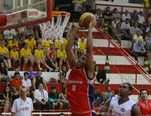 erick São José basquete (Foto: Antônio Basílio/PMSJC)