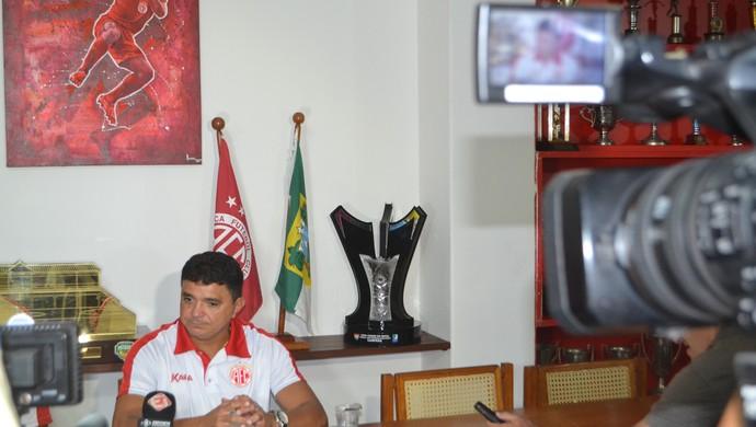 América-RN - Flávio Araújo, técnico (Foto: Jocaff Souza/GloboEsporte.com)