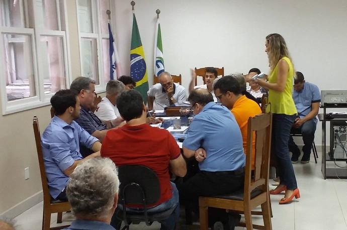 Reunião entre clubes e Federação de Futebol do Espírito Santo (Foto: Richard Pinheiro/GloboEsporte.com)