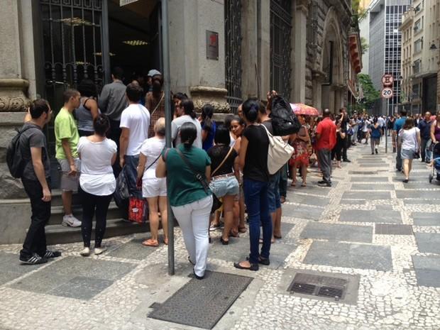 Posto de atendimento na Rua XV de Novembro, no Centro de São Paulo (Foto: Paulo Toledo Piza/G1)