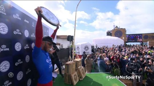 "Filipe Toledo festeja título em Jeffreys Bay: ""Para lembrar nos próximos 20 anos"""