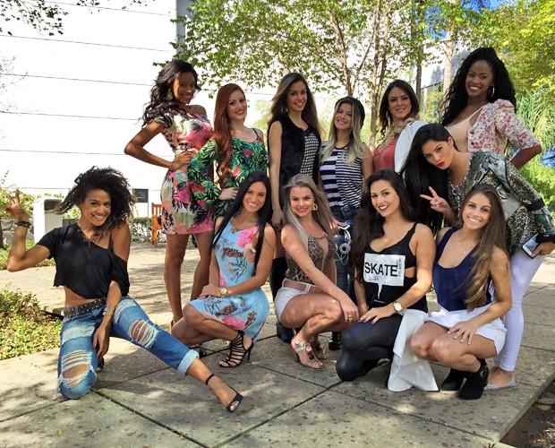 Candidatas do Balé do Faustão mostram brilho próprio nos bastidores (Foto: Guilherme Toscano / Gshow)
