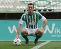 Damião se despede do Betis, e TST garante vínculo dele com o Santos