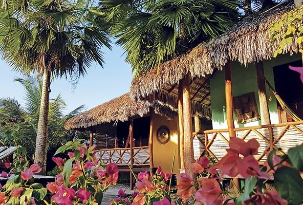 Hotel Terra Patris abusa da madeira e da palha em sua estrutura (Foto: Divulgação)
