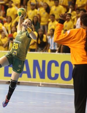 Brasil x Cuba - Torneio Quatro Nações Handebol - Larissa Araújo (Foto: Cinara Piccolo/Photo&Grafia)