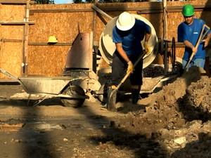 Construção civil Pelotas (Foto: Reprodução/RBS TV)